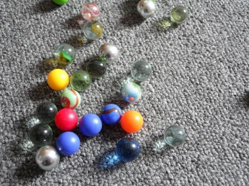 marbles-107046 1920